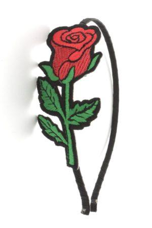 róża na opasce