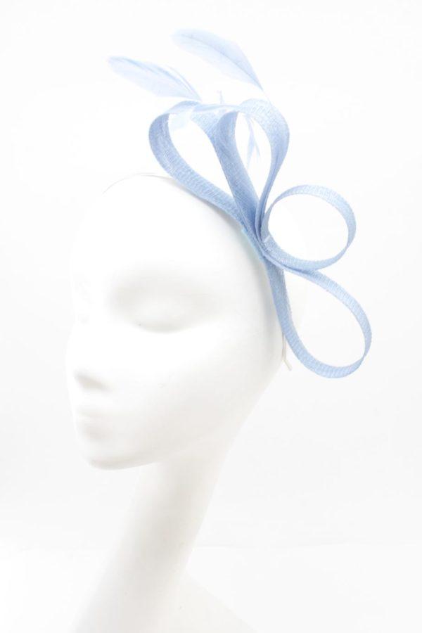 błękitny fascynator
