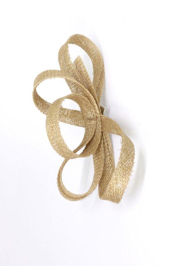 mała ozdoba ze złotego sinamayu