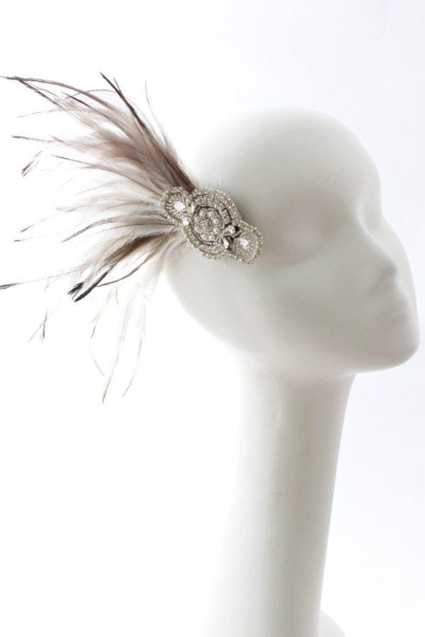 biżuteryjna spinka z piórami