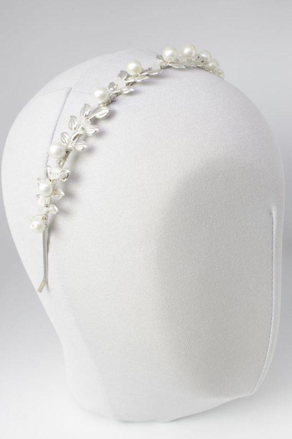 opaska zdobiona srebrnymi liśćmi