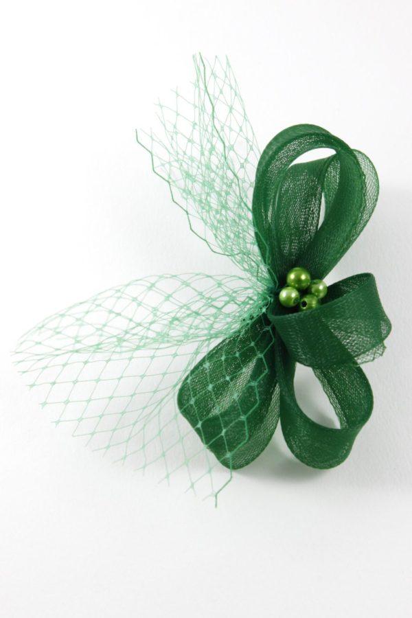 kokarda w intensywnie zielonym kolorze