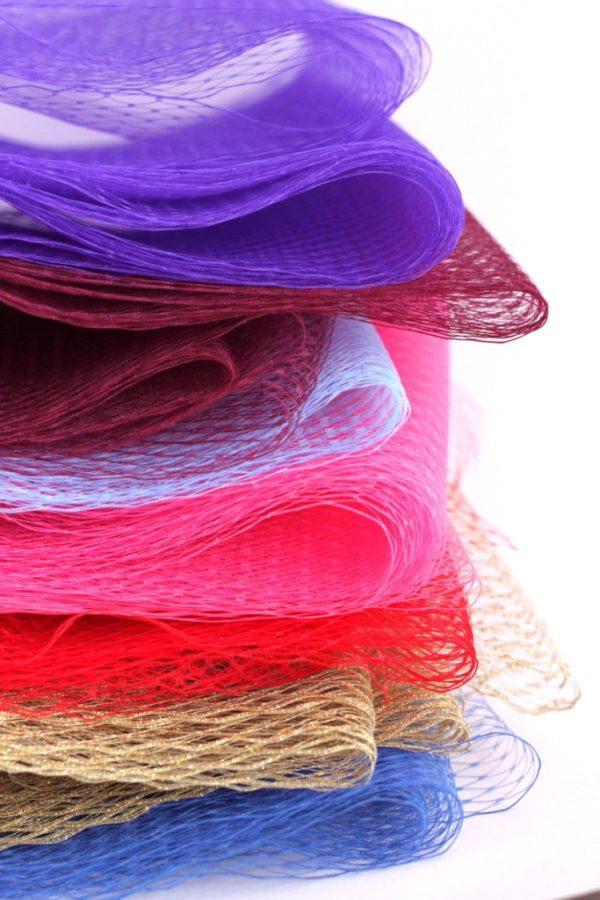 Sklep z woalka do ozdoby do włosów i używanych do rękodzieła kolorowe i na metry