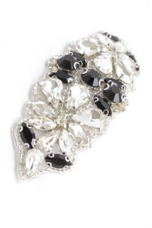spinka z biżuteryjną aplikacją