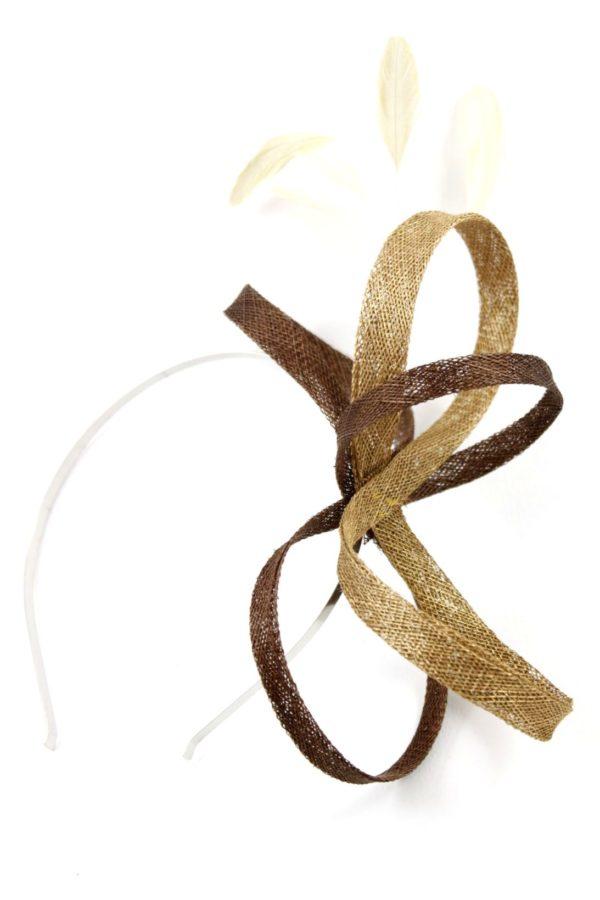 prosty fascynator w kolorach złota i czekolady