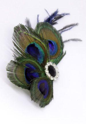 pawie pióra na spince - stylizacja retro