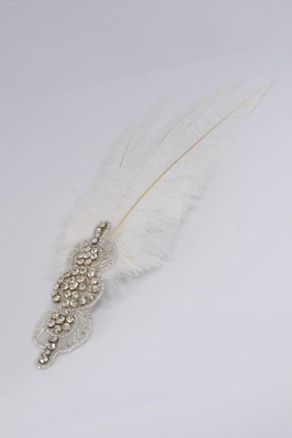 ozdoba ślubna boho z trzema długimi piórami