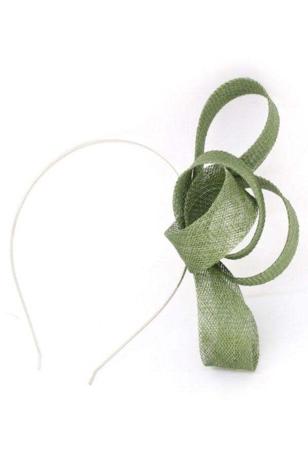 zielone sploty na srebrnej opasce
