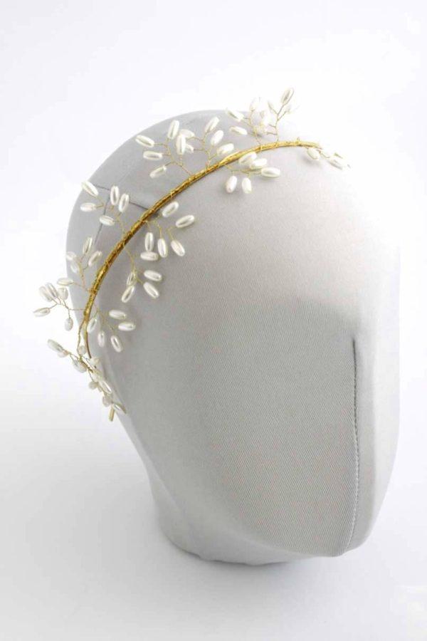 złota opaska z perełkami