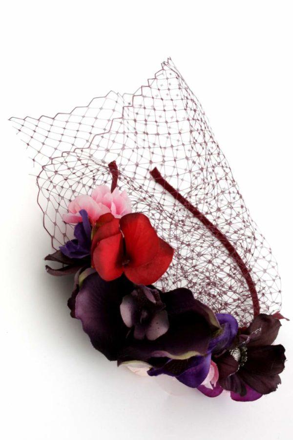 wiosenny wianek z woalem w bordo i fioletach