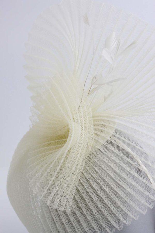fascynator z plisowanej krynoliny