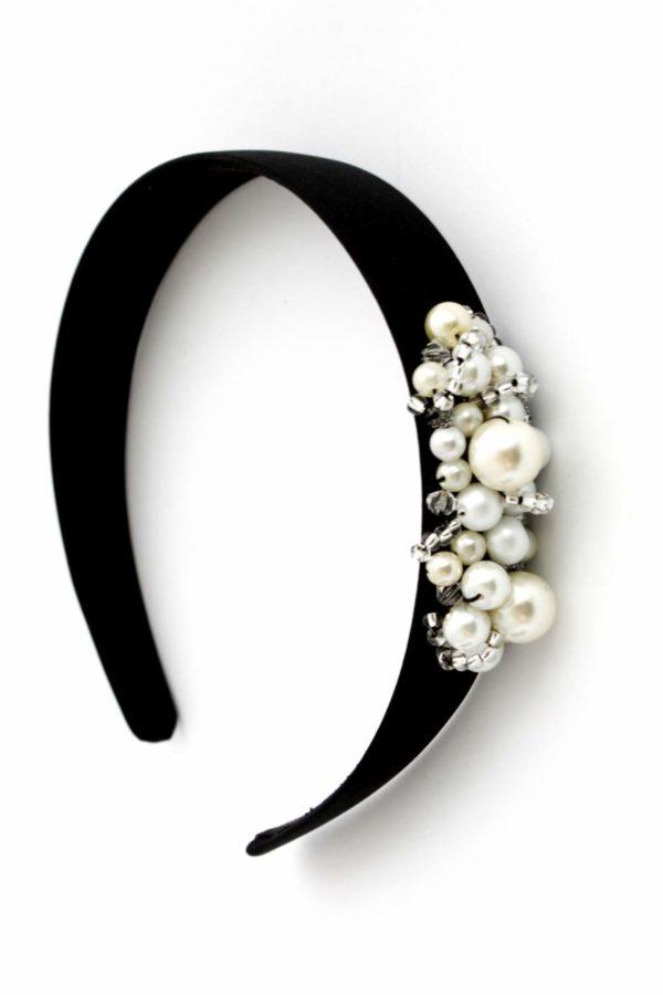 czarna opaska z perełkami
