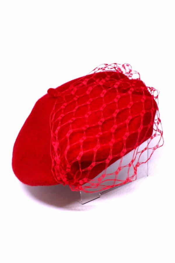 beret damski czerwony z woalką