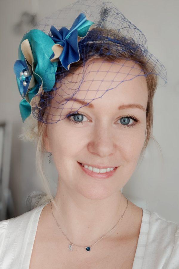 dziewczyna w woalce niebieskiej oczy niebieskie