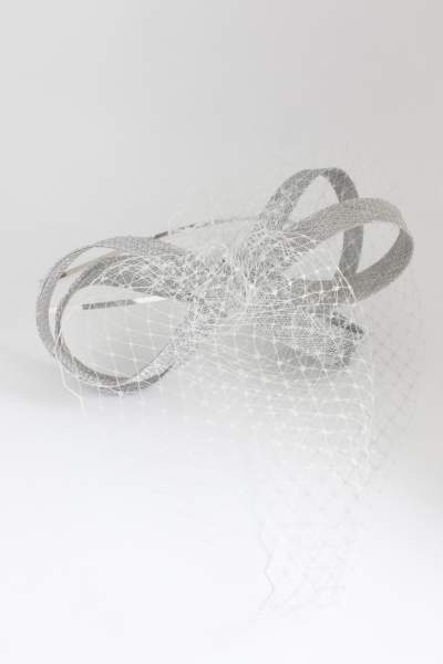 fascynator srebrny szary sploty woalka elegancki na wesele