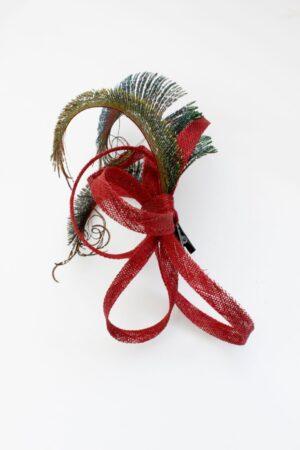 FIFI fascynator czerwony z pawim piórem