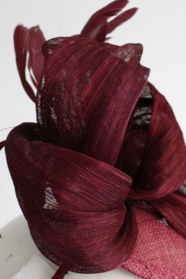 toczek jedwabny bordo bordowy w kolorze wina sinamay