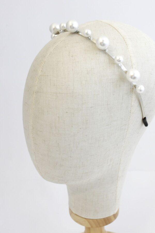 opaska z duzymi perłami do włosów złota i srebrna bardzo modna