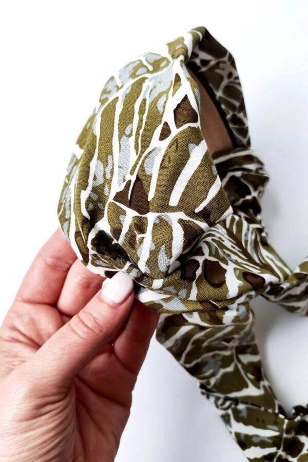 opaska z motywem zielonym roślinnym