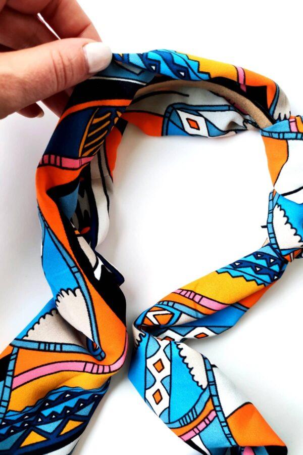 mocno kolorwa opaska togo z motywem etnicznym wiązana uszka
